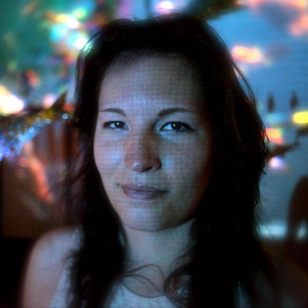 Portrait photo: Laura                 Krause