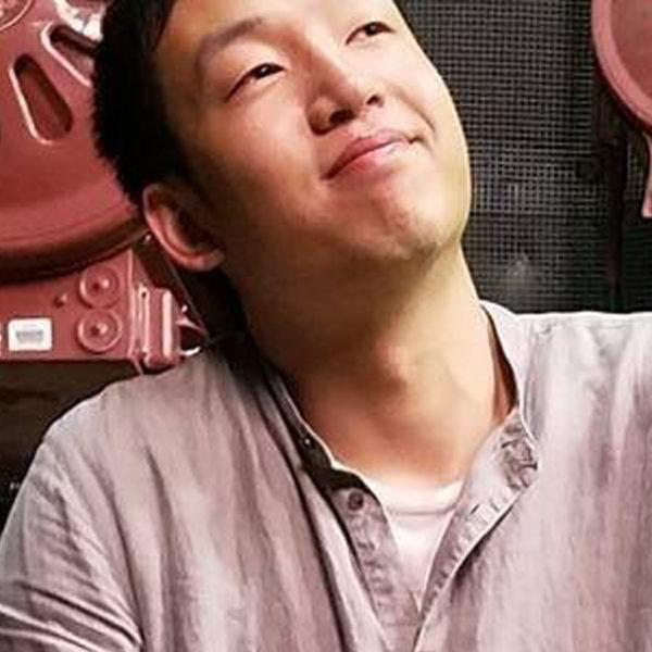 Portrait photo: Shaoyu                 Su