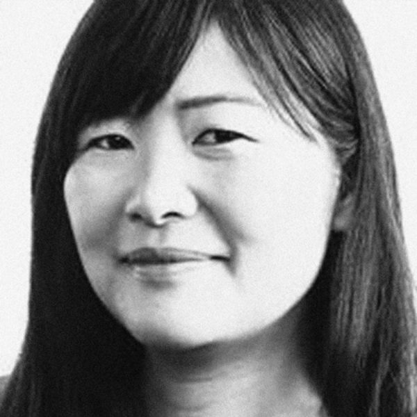 Portrait photo: Janet Iwasa